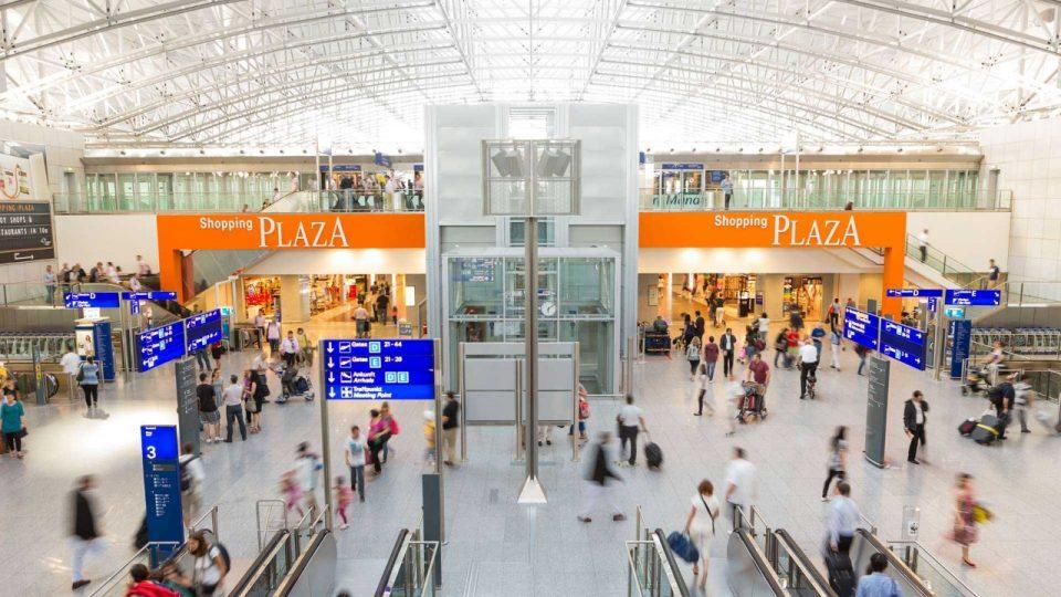 frankfurti reptér boltok